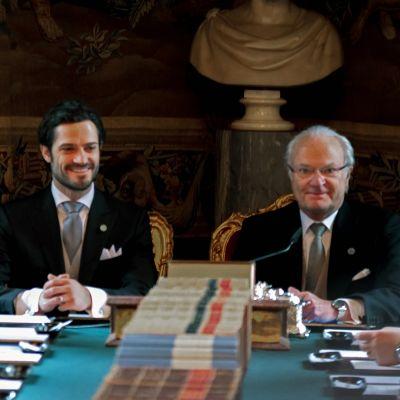 Uutisvideot: Ruotsin pikkuprinssin nimi julkistettiin