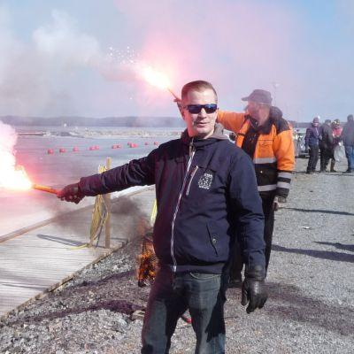 Kuopiossa pidetyssä harjoituksessa poltettiin myös soihtuja.