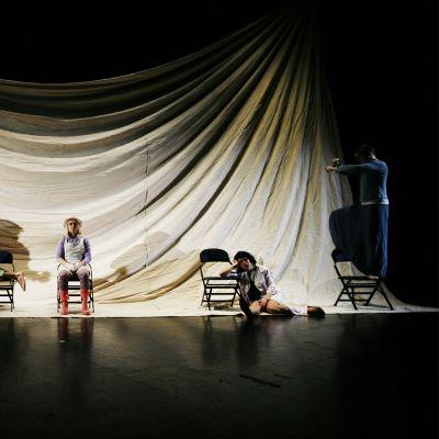 Kuva näytelmästä.