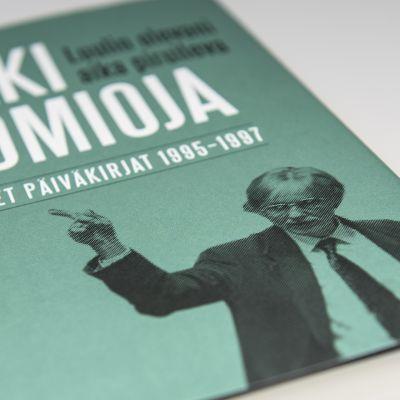 Erkki Tuomiojan julkaisu 'Poliittiset päiväkirjat 1995-1997'.