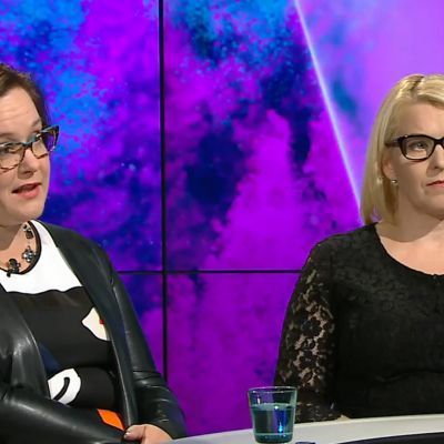 Merja Hirvonen ja Minna Isoaho.