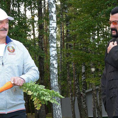 Aljaksandr Lukašenka ja Steven Seagal.