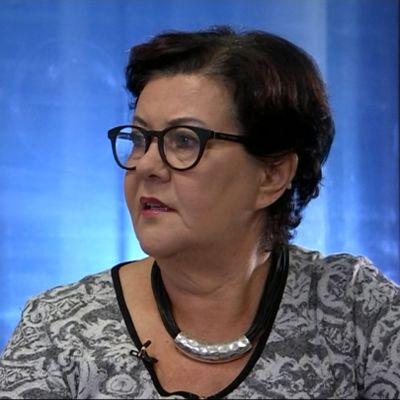 Kansanedustaja Aila Paloniemi (kesk.)