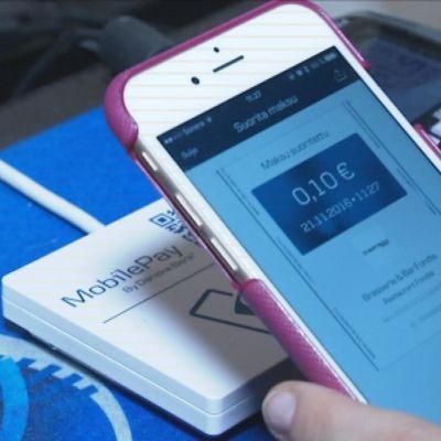 Mobiilimaksaminen on mahdollista yhä useammassa paikassa.