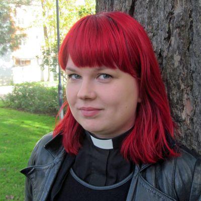 Kuvassa Anna-Maria Veijo
