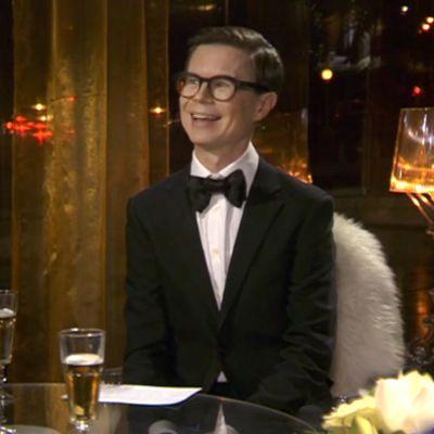 Itsenäisyyspäivä: Sami Sykkö analysoi viime vuoden pukuja ja ennakoi illan juhlia