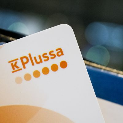 K-plussa kanta-asiakaskortti.