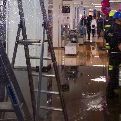 Jyväskylän Sokoksen vesivahinko.