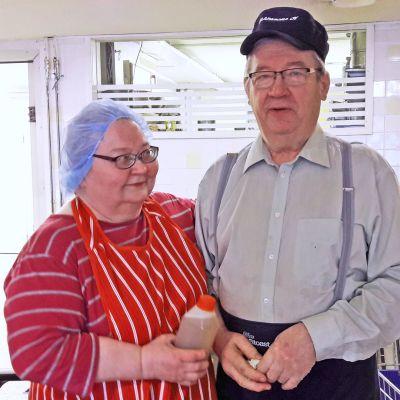 Reetta ja Esko Korjonen.