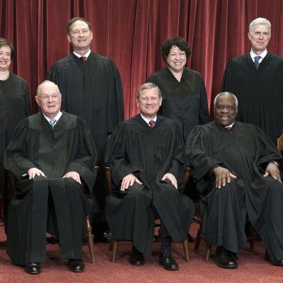 Yhdysvaltain korkeimman oikeuden tuomarit.