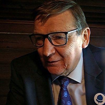 Raimo Vistbacka.