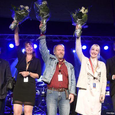 Perussuomalaisten puoluekokous huipentuu Halla-ahon linjapuheeseen