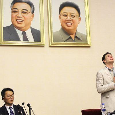 Otto Warmbier kuvattuna lehdistötilaisuudessa Pyongyangissa, Pohjois-Koreassa 29. helmikuuta 2016.