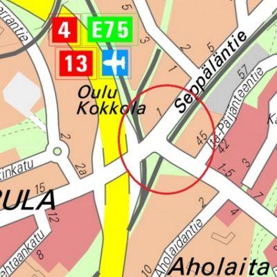 Junaradan ylikulkusilta sijaitsee osoitteessa Vaajakoskentie 1.