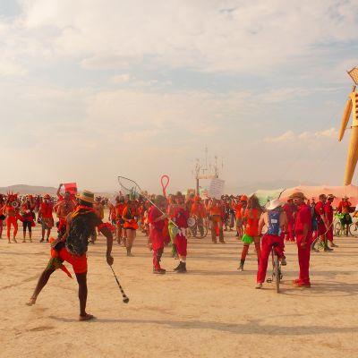 taide- ja musiikkifestivaali Burning Man tunnetaan siitä, että kaikki tapahtuman valtavat taideteokset poltetaan lopuksi maan tasalle.