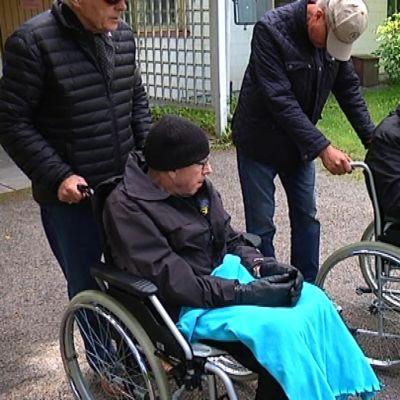personer i rullstol
