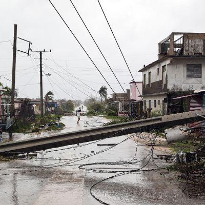 Myrskytuhoja Caibarienin kaupungissa Villa Clarassa, Kuubassa.