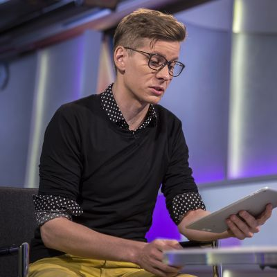 ResQ Club:in toimitusjohtaja Oula Antere Kova Talous-ohjelman haastattelussa.