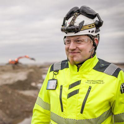 Toimitusjohtaja Ville Niemelä on kasvattanut yrityksestään merkittävän maanrakennusalan työllistäjän.