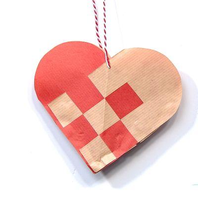Askarrellaan: Lauran sydänkoriste
