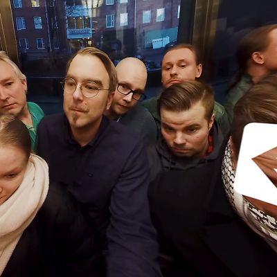 Ruuhkainen hissi.