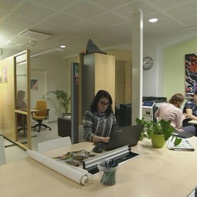 Rovaniemen Nuorten Ohjaamo on Pienteollisuustalolla eli Piekkarissa.
