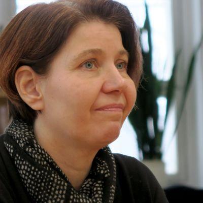 Nokian kaupunginvaltuuston puheenjohtaja Piila Paalanen