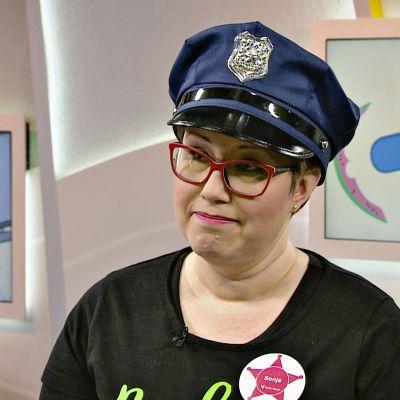 Roskapoliisi Sonja Iltanen.