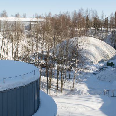 Kuopion Tennisseuran kuplahalli Niiralassa.