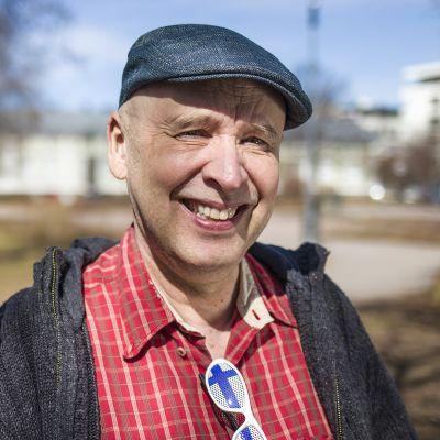 Euroviisufani ja Suomen Euroviisuklubin Pohjois-Suomen aluekoordinaattori Erkki Ahonen.