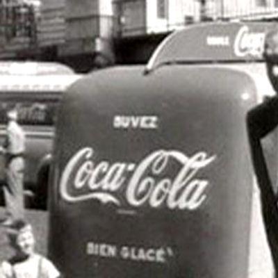 Erik von Frenckell maistaa Coca-Colaa ennen olympialaisia