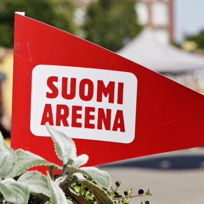 Varjoareena-kansanliike arvostelee Porin SuomiAreenaa työttömien sivuuttamisesta – seuraa mielenilmausta suorana