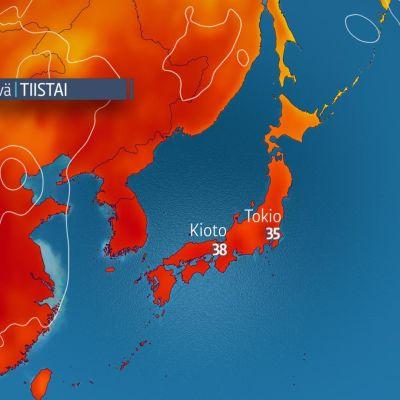 Sääennuste on lupaamassa muutaman asteen helpotusta Japanin helteeseen tiistaiksi.