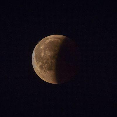 kuunpimennys