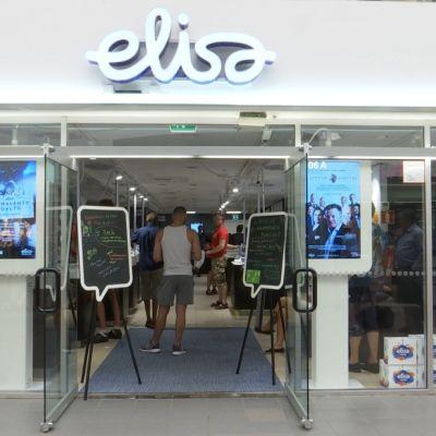 Elisan myymälä.