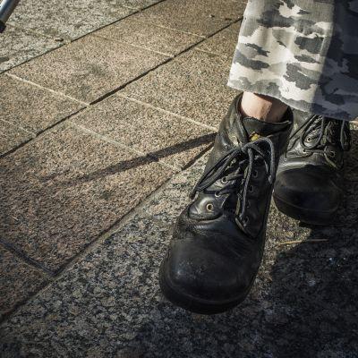 Markku Korhosen jalat.