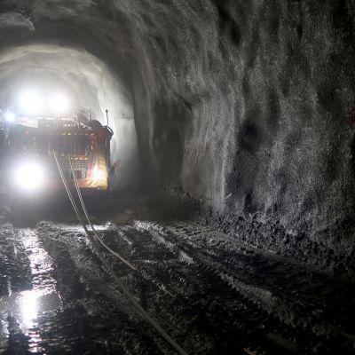Kaivoskone Oriveden kultakaivoksessa