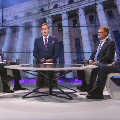 A-studion Talk-keskusteluohjelmassa vieraina ovat puheenjohtajat Juha Sipilä (kesk.), Petteri Orpo (kok.), Antti Rinne (sd.) ja Touko Aaltoa (vihr.) tämän sairausloman takia sijaistava Maria Ohisalo (vihr.)