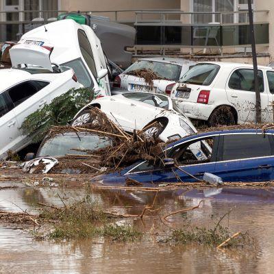 Rankkasateiden aiheuttamat tulvat tappoivat viisi ihmistä Mallorcalla