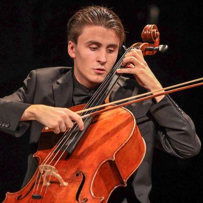 Leonardo Chiado soittaa selloa