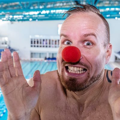 Mikko Kekäläisen Nenäpäivähyppy keräsi heti yli 200 000 euroa