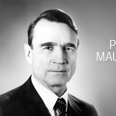 Presidentti Mauno Koiviston hautamuistomerkin paljastustilaisuus