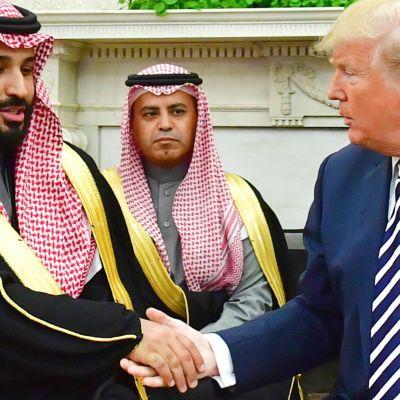Khashoggin salamurha koettelee saudiprinssin ja Trumpin suhteita