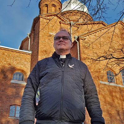 kirkkoherra Hannu Haikonen