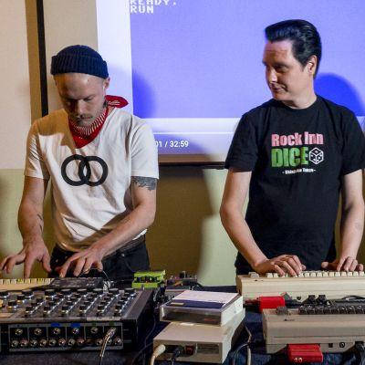Tietokonenostalgia synnyttää myös musiikkia