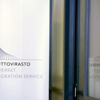 Maahanmuuttoviraston logo