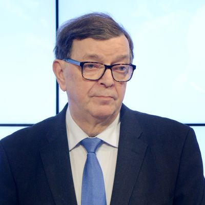 Seitsemän tähden liikkeen puheenjohtaja Paavo Väyrynen IS:n Tule ja kysy -puheenjohtajatentissä Sanomatalossa Helsingissä 17. tammikuuta.