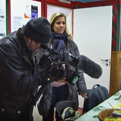 Toimittaja ja kuvaaja.