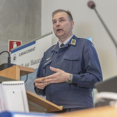 Ilmavoimien komentaja kenraalimajuri Pasi Jokinen.