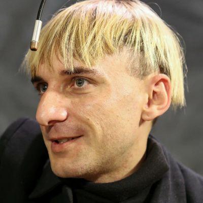 Neil Harbisonin hiukset ja antenni.